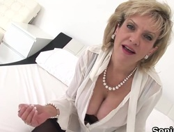 Unfaithful british milf lady sonia pops widely their way heavy naturals