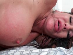 Naughty mommy seduces the young man for his beamy cock