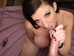 Revealing powerful subfuscous cougar offers Jeremy a perfect handjob POV style