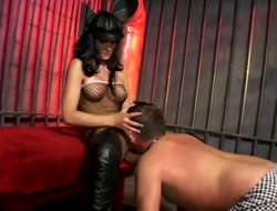 Alluring bit of skirt Leah Wilde punishes will not hear of slave for egregious pussy licking