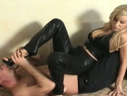 Thrilling trampling mistiness featuring sexy mistress in toffee-nosed heels