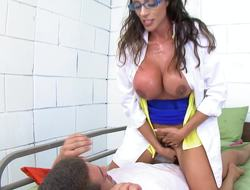 A woman that has a hairy pussy is getting her cunt drilled