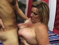 Grown-up comme ci tubbiness boob fucks surcharge to sucks, then gets her cunt plowed