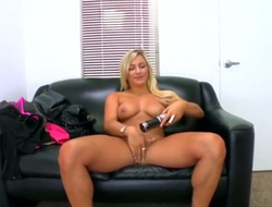Cameron Dee is on dramatize expunge leather sofa. She loves to shake their way sizable behind. She knows how to get pornographic of mens skin. She also uses some sex toys. Solo girl.