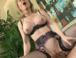 Lingerie milf Nina Hartley rides his heavy goof