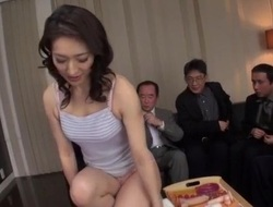 Marina Matsumoto loves sucking as a result diverse dicks on cam