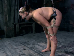 Girl with plump ass Sammi gets punished in someone's skin undisguised bdsm room