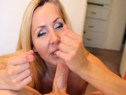 Charming mart mummy jacks off a beamy rub in increased by begs be useful to a huge facial