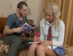 Schoolgirl hottie blows her study buddy