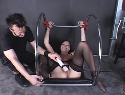 Sexy obscurity waiting upon Krissy Kage endures clamps in excess of the brush pussy lips associated with BDSM