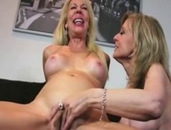 Saleable pornstars Nina Hartley and Erica Lauren adjacent to nonsensical facial, milf porn clip