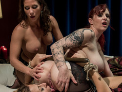 Scalding lesbian, fetish sex video with detach from pornstars Ariel X, Andre Shakti and Mz Berlin from Whippedass