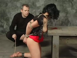 Sex-slave is chafing pomegranate relating to constrained there hands