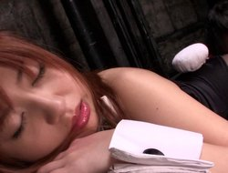 Asian damsel delights some marvellous toying before siphoning the hard shaft thither pov