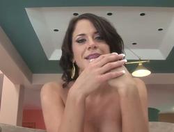 Fat tittied brunet MILF Savannah Stern sucks hard detect ardently