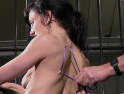 Flunkey Elise Graves needle bdsm