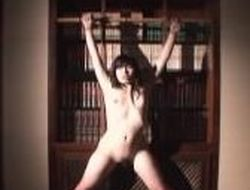 Drawing Asian slave bathes before being stripped with hammer away addition be worthwhile for teased in hammer away bedroom