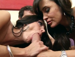 Ava Addams,  Lisa Ann,  Ramon have threesome mating