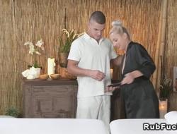 Senior masseur gets blowjob and fuck