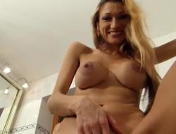 I'm fucking a dildo in my amateur masturbation video