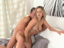 Momxxx video: new old woman