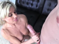 Stuffed festival mom Payton Mansion jerks off a big impede increased by rubs her peach