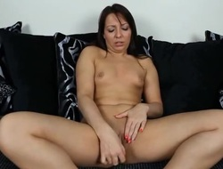 Chick gives JOI as she fucks a pink dildo