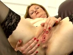 Mephitic simply grown up indulge pleasures her wet pussy