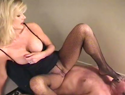 Fetish pretty in agreement concerning sexy stockings is trampling and making dude suck her feet