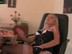 Nomination girl Lea Lexis spend her helpless playing herself