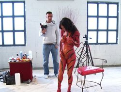 Veronica Avluv Is A Tiger