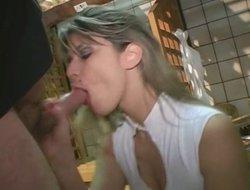 une cliente paye daughter pain en se faisant baiser