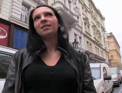 Amateur European chick gets paid cash for hot public sex